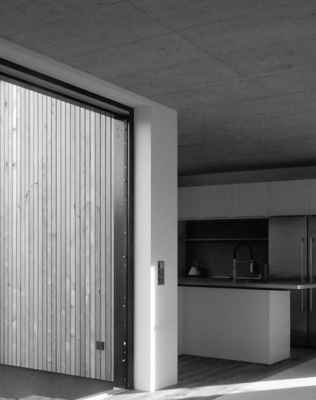 Aanzicht keuken en terras